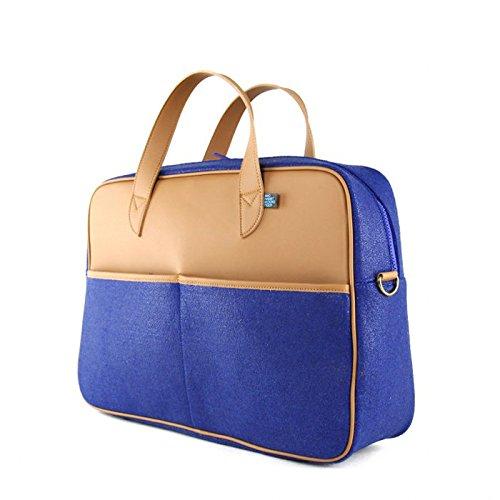 viva-glam-magazine-vegan-luggage-martin-wool-travel-bag-in-gray-from-mrkt