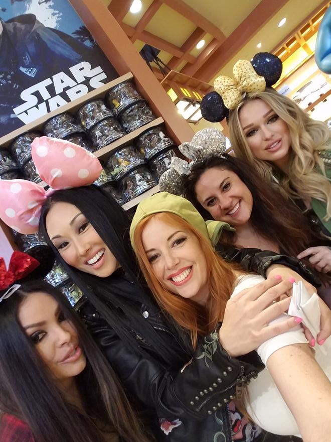 Disney Star Wars Land shopping souvenirs