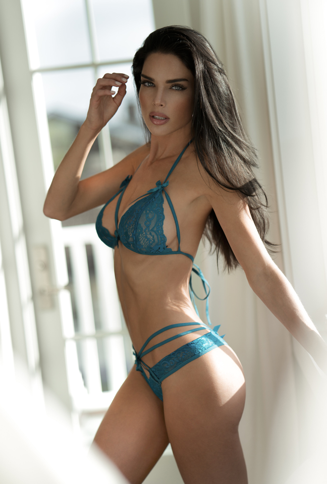 Top 20 Sexiest-2017-Patience-Silva-Dreamstate-Live-Yandy-green-lingerie, Photography Dreamstate Live