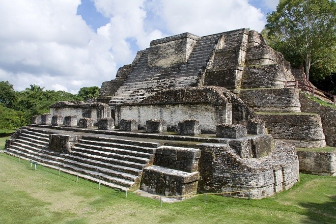 The Most Stunning Images of Mayan Ruins Altun Ha Ruins