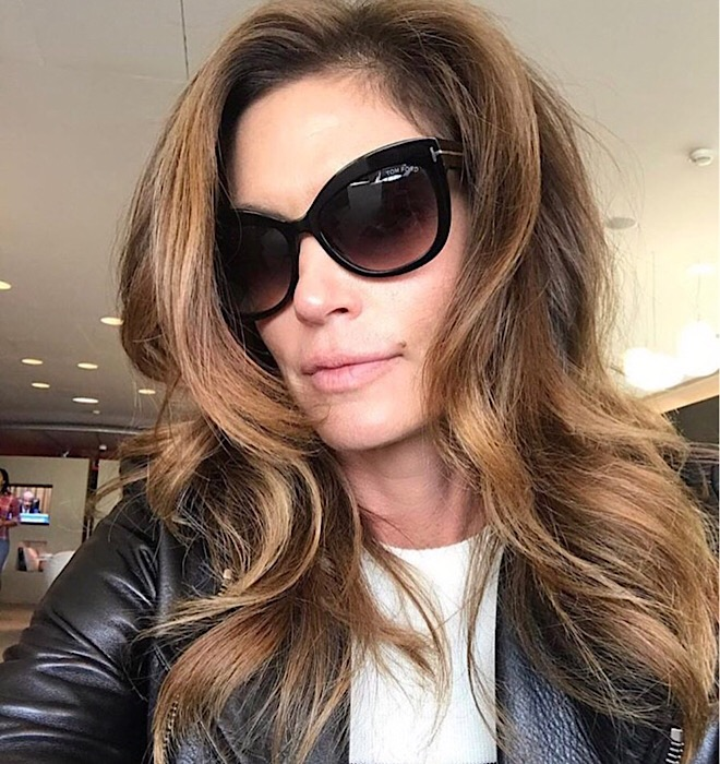 cindy-crawford-balayage-hair-color-hair-dye-trend