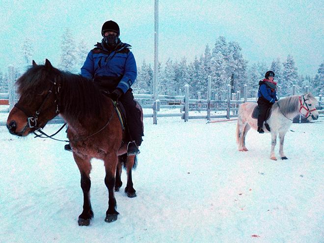 Kakslauttanen_Arctic_Resort_Horseback_Riding_Malorie_Mackey