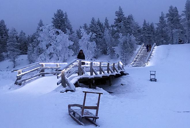 Kakslauttanen_Arctic_Resort_Malorie_Mackey_Winter_Snow