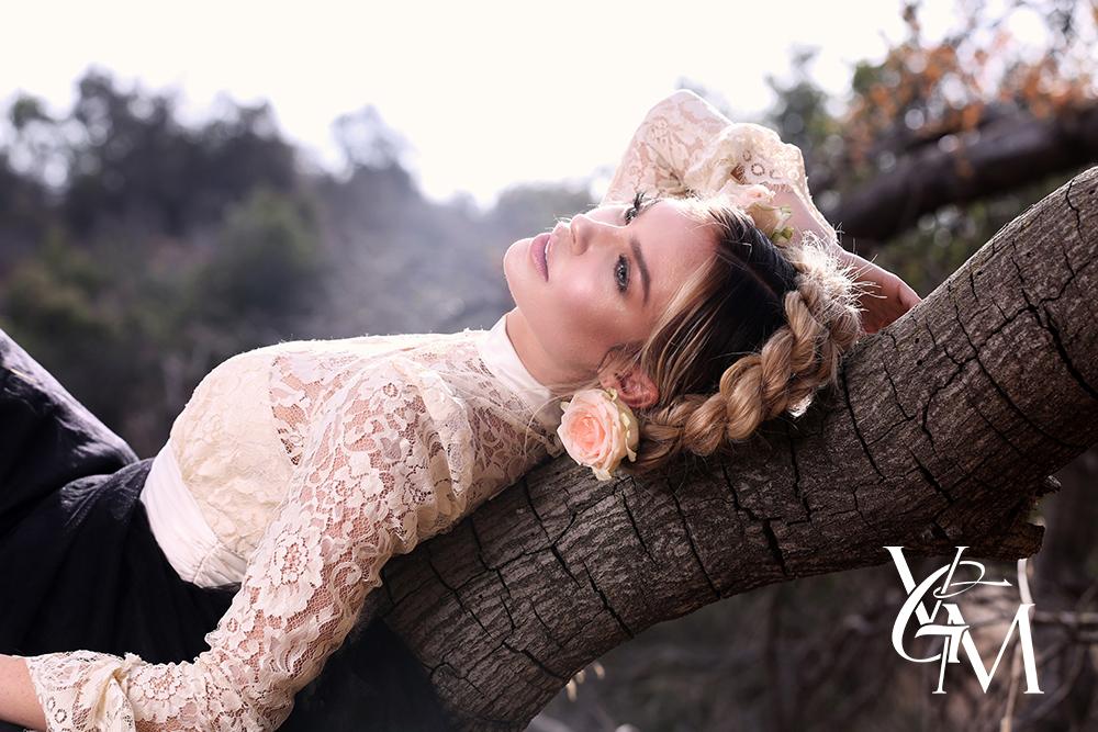 Le_Beauté Dans_Les_Bois_Jasmine_Dustin_Fashion_Editorial_R&P_Productions_Payam_Arzani_Ricardo_Ferrise_